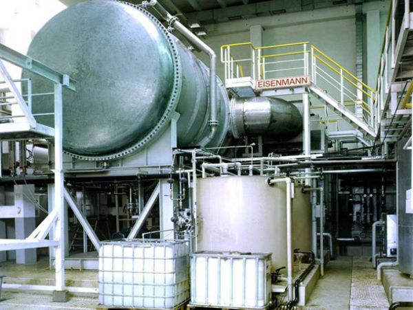Water recycling using an evaporator